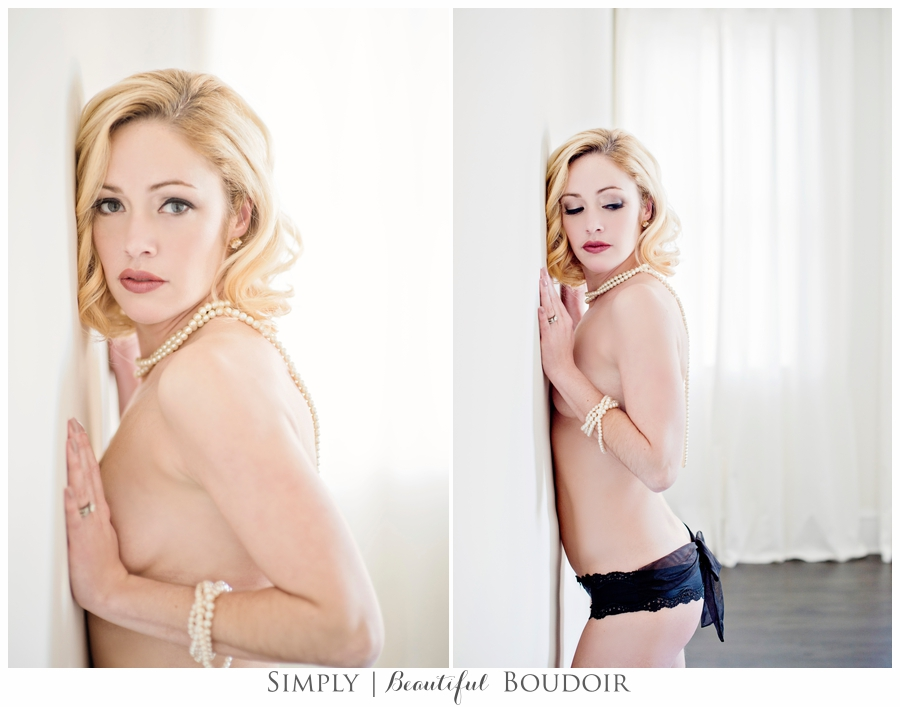 En Blanc Boudoir Sessions_Simply Beautiful Boudoir_Main Line Boudoir Photographer 7